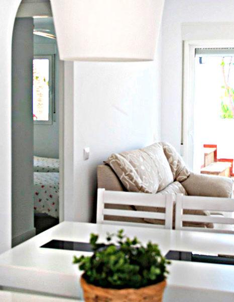 apartamentos-torrelaguna-comedor